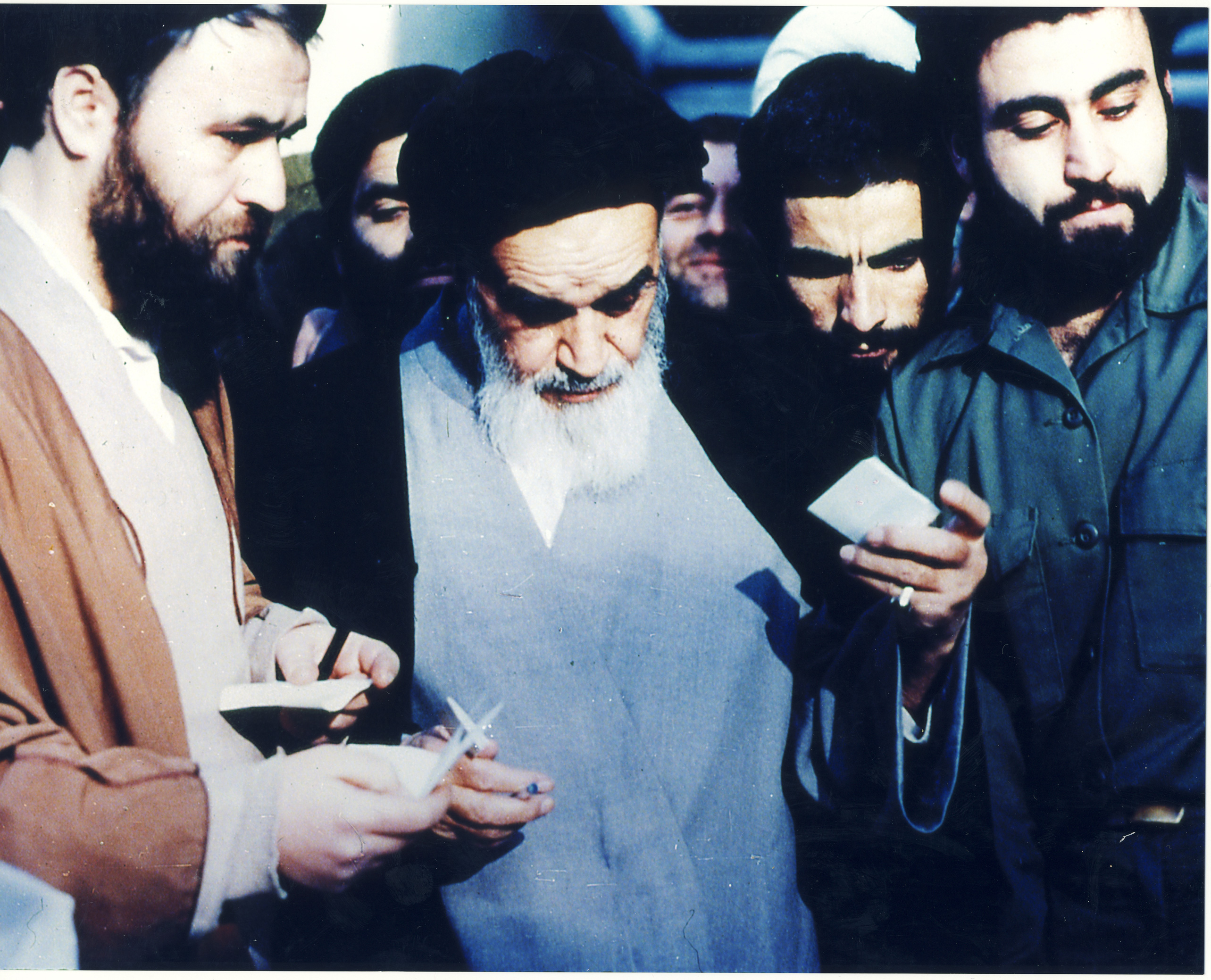 Post_Imam_Khomeini-9
